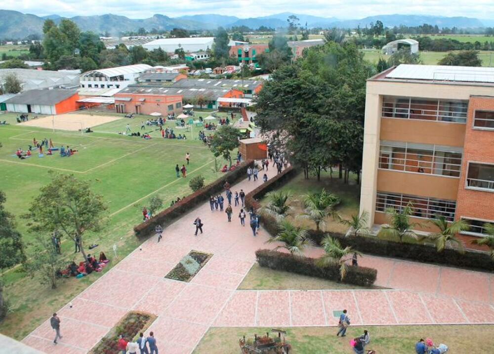 Universidad de Ciencias Aplicadas y Ambientales - UDCA