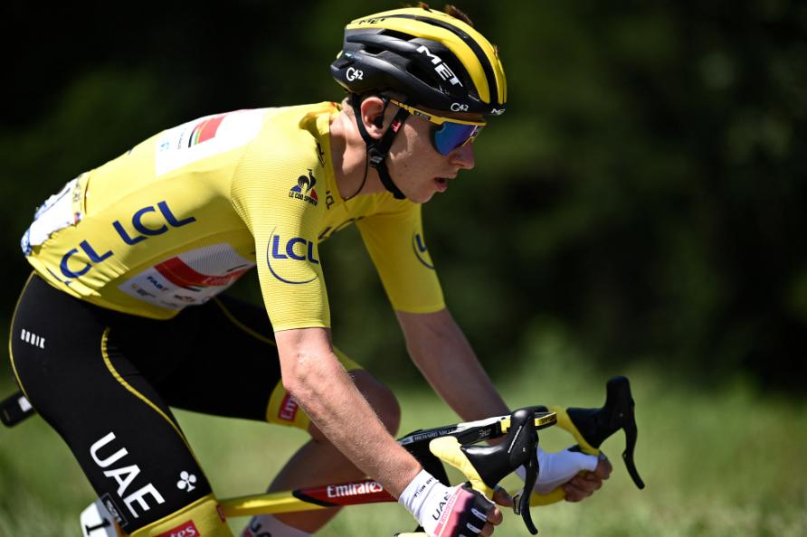 Tadej Pogacar es el líder del Tour de Francia tras la etapa 19.