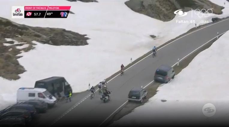Primer paso de montaña etapa 19 Giro de Italia