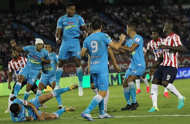 333759_Acción de juego de Jaguares vs. Junior