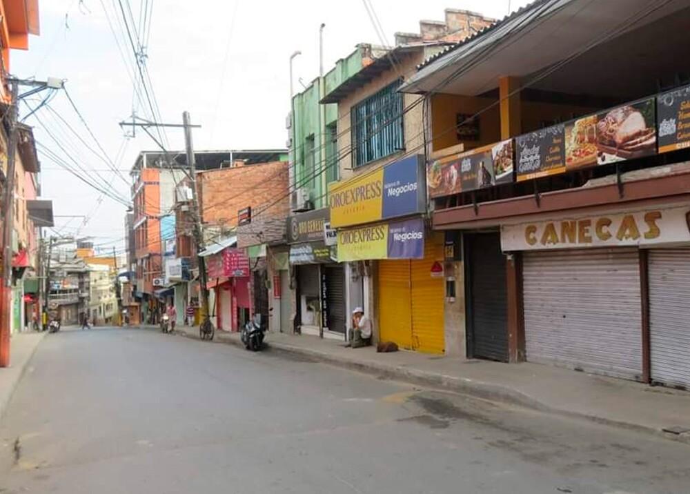 355426_BLU Radio. Paro armado en Segovia, Antioquia / Foto: Cortesía