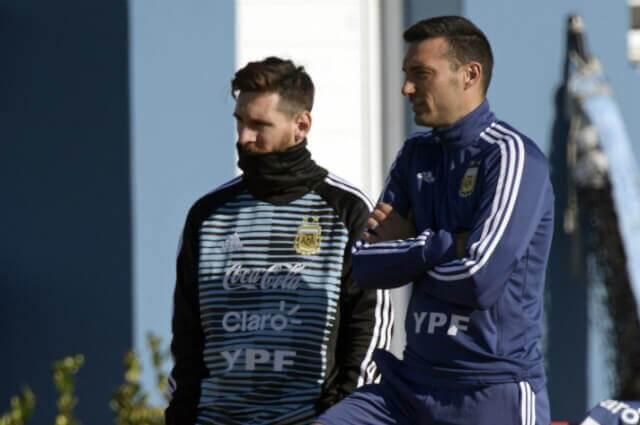 296134_Lionel Messi y Lionel Scaloni