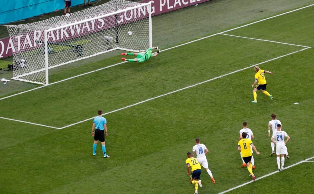 Cobro de penalti de Leipzig Emil Forsberg.jpg