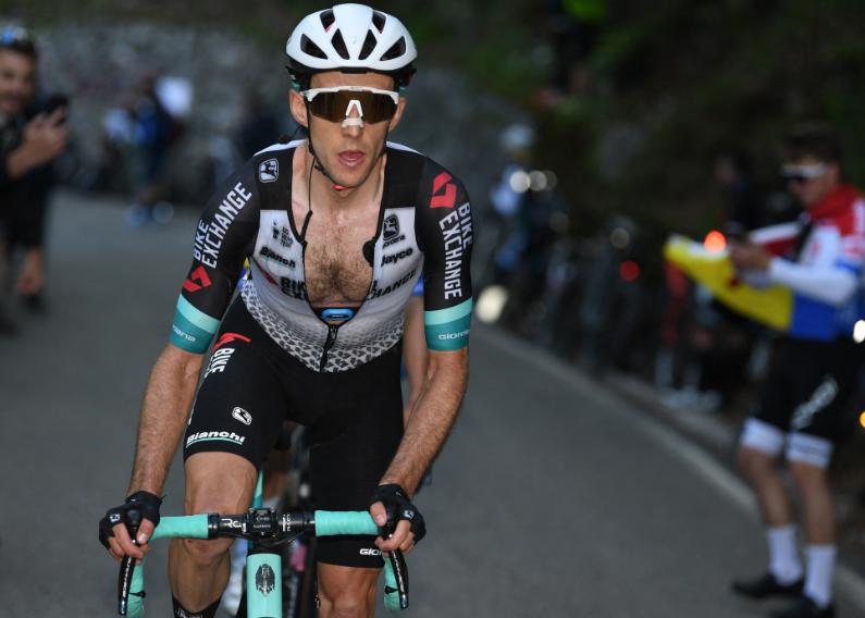 Simon Yates es tercero en la general del Giro de Italia.