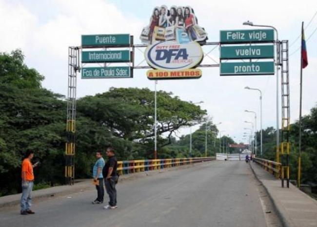 292080_BLU Radio. Frontera Colombo-venezolana // Foto: AFP