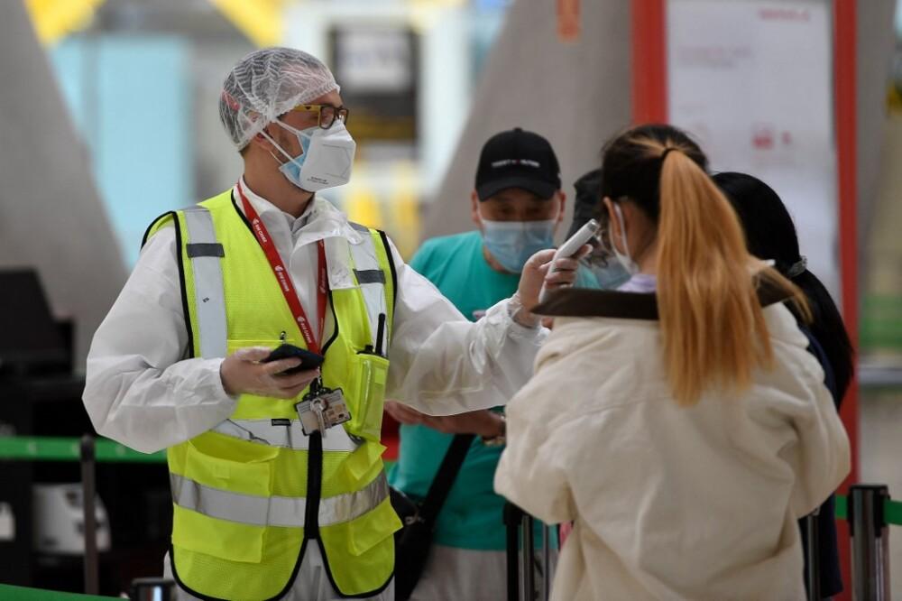 Controles durante la pandemia en el aeropuerto de Barajas, Madrid