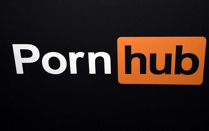 pornhub es demandado por 34 mujeres
