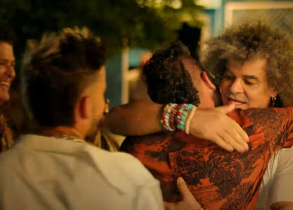 Nuevo video de Carlos Vives Foto Captura de video.jpg