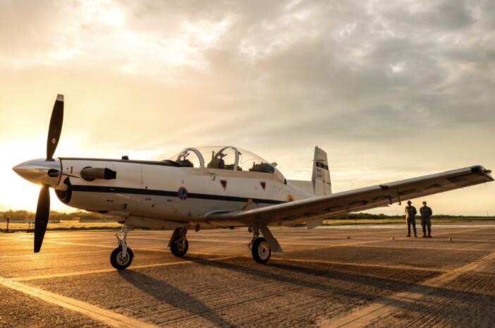 Avión T6C.jpeg