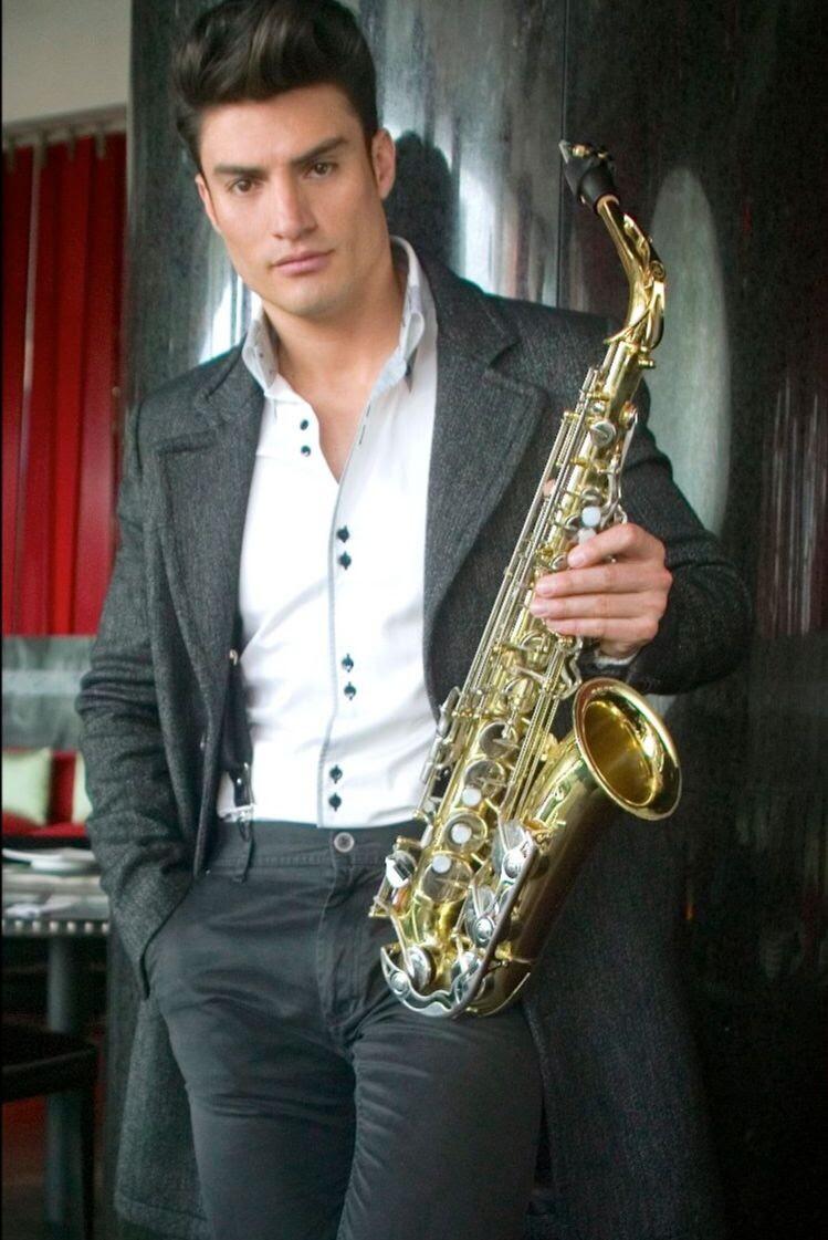 Ariel Duque, saxofonista colombiano.