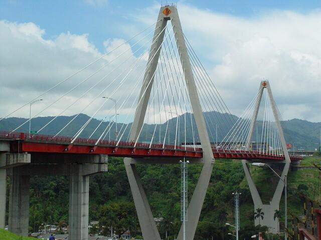 Ataque en viaducto de Pereira