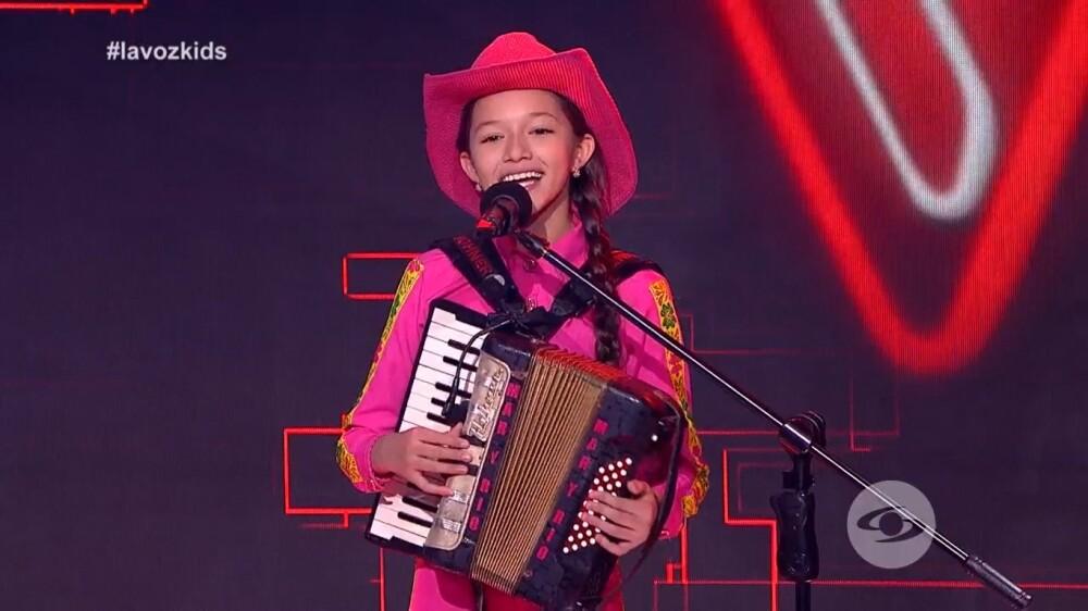 María Liz, la participante de La Voz Kids que toca 11 instrumentos musicales.