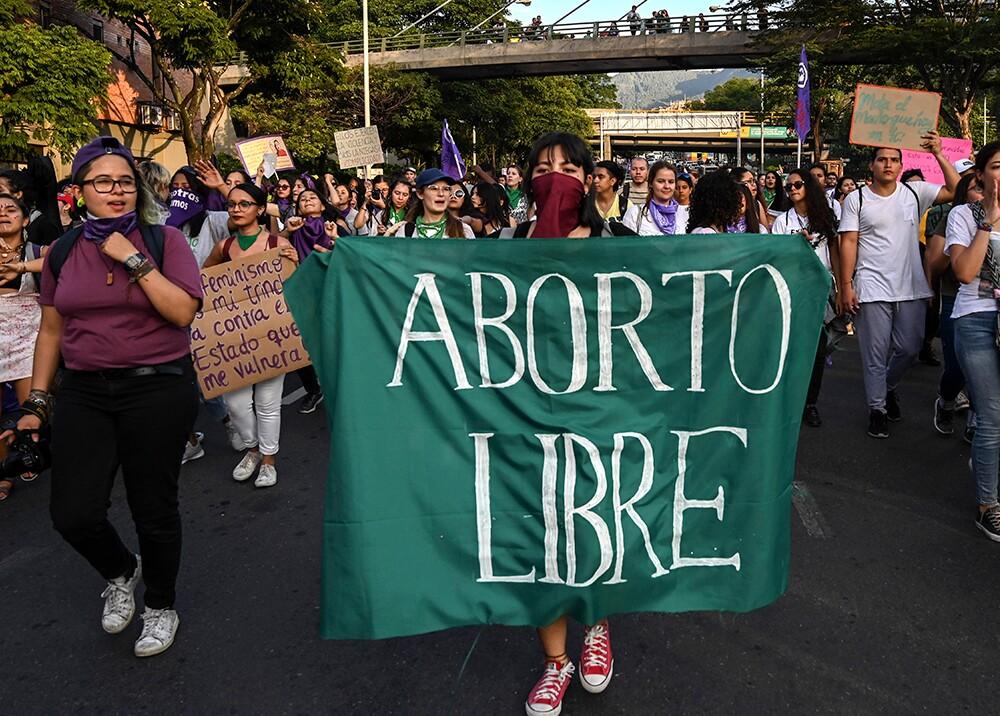 356693_Manifestantes a favor del derecho al aborto // Foto: AFP