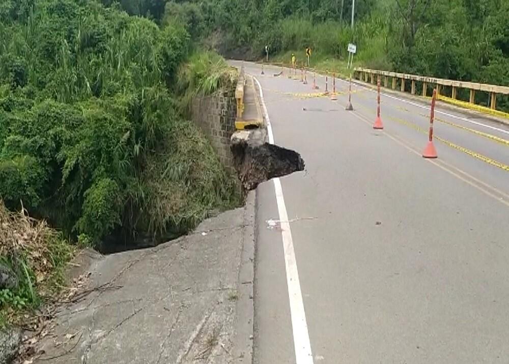 370400_BLU Radio. Afectación puente en la vía a Bogotá / Foto: Gobernación de Santander