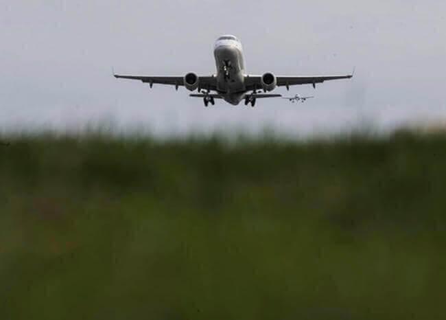 369618_Avión // Foto: Referencia AFP