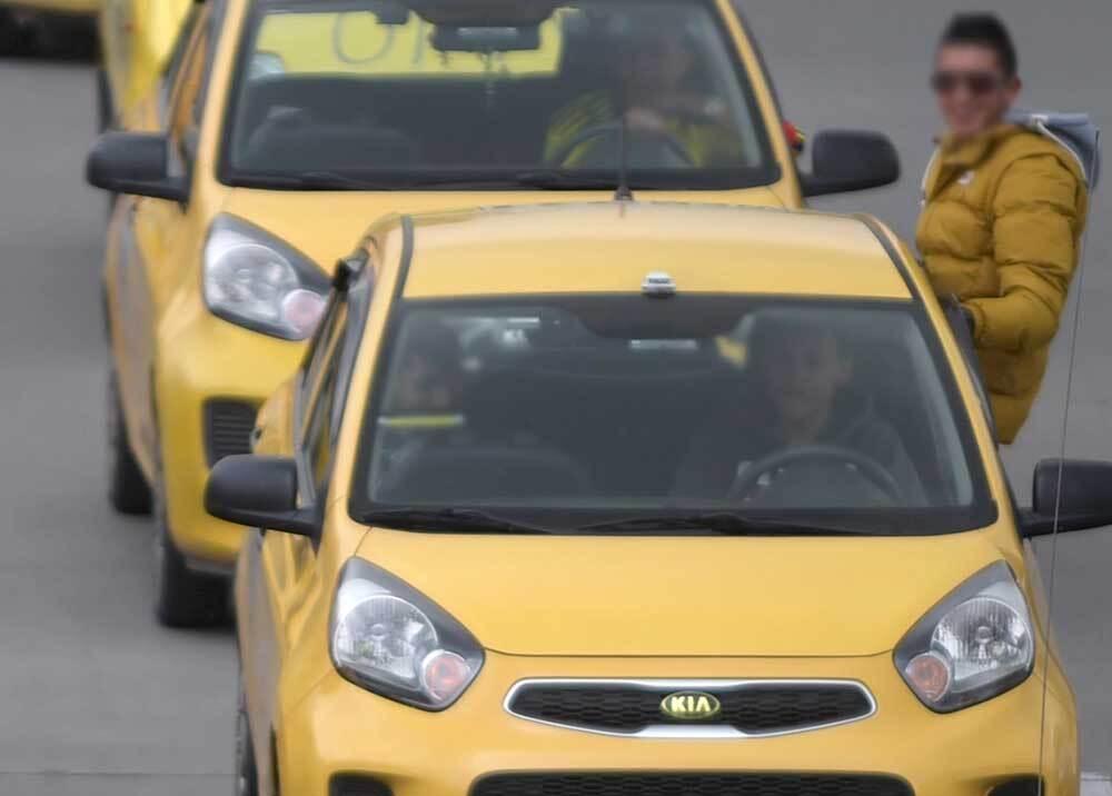 334853_BLU Radio // Taxistas // Foto: AFP