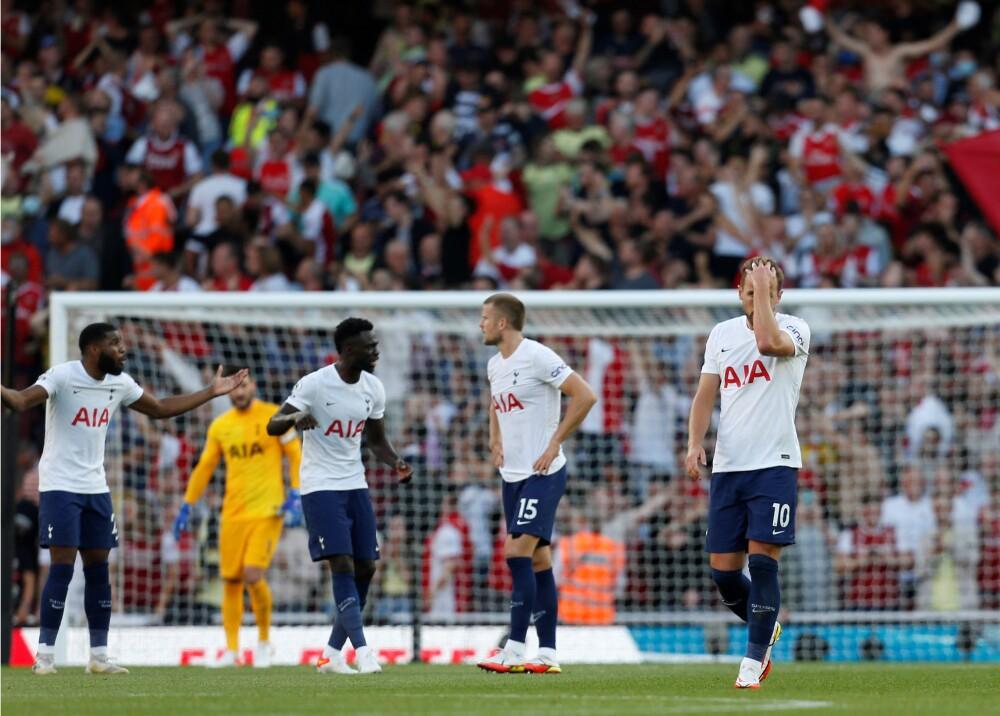Davinson Sánchez con el Tottenham Foto AFP.jpg