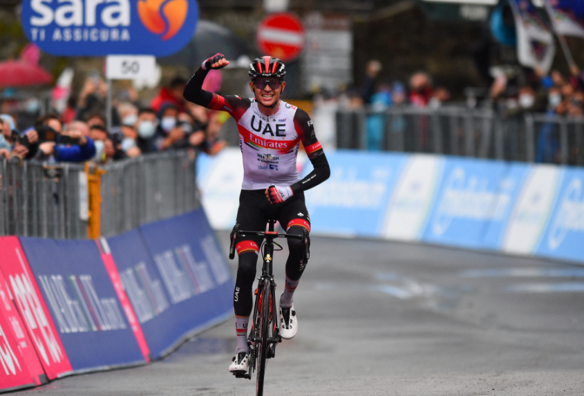 Joe Dombrowski ganó la etapa 4 del Giro de Italia 2021.