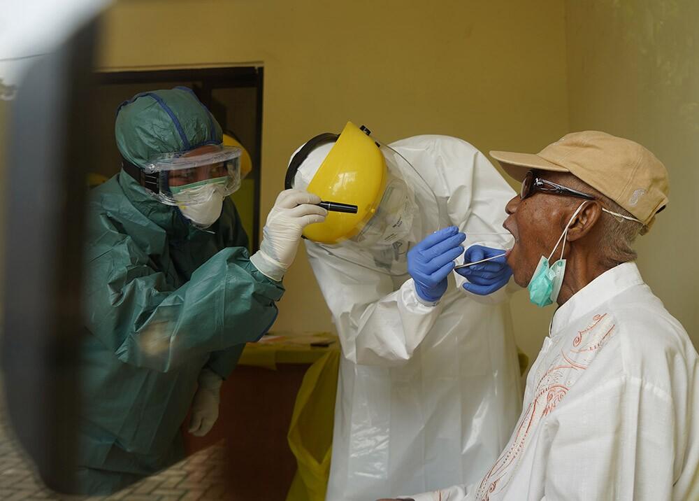 360324_Test de coronavirus // Foto: AFP