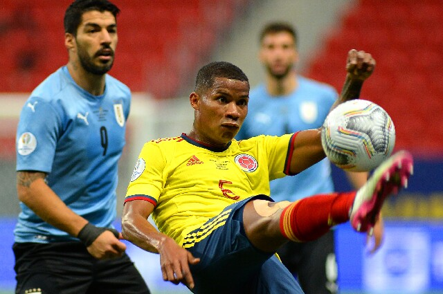 Wilmar Barrios, contra Uruguay