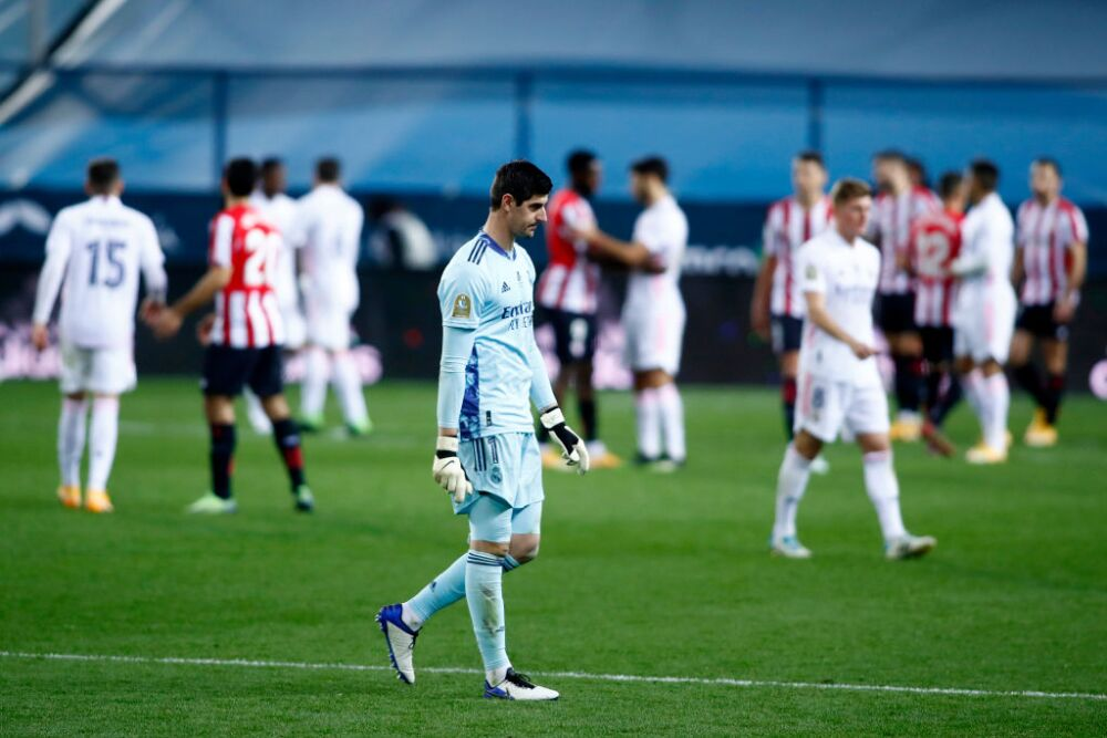 Thibaut Courtois-Real Madrid v Athletic Club - Supercopa de Espana Semi Final