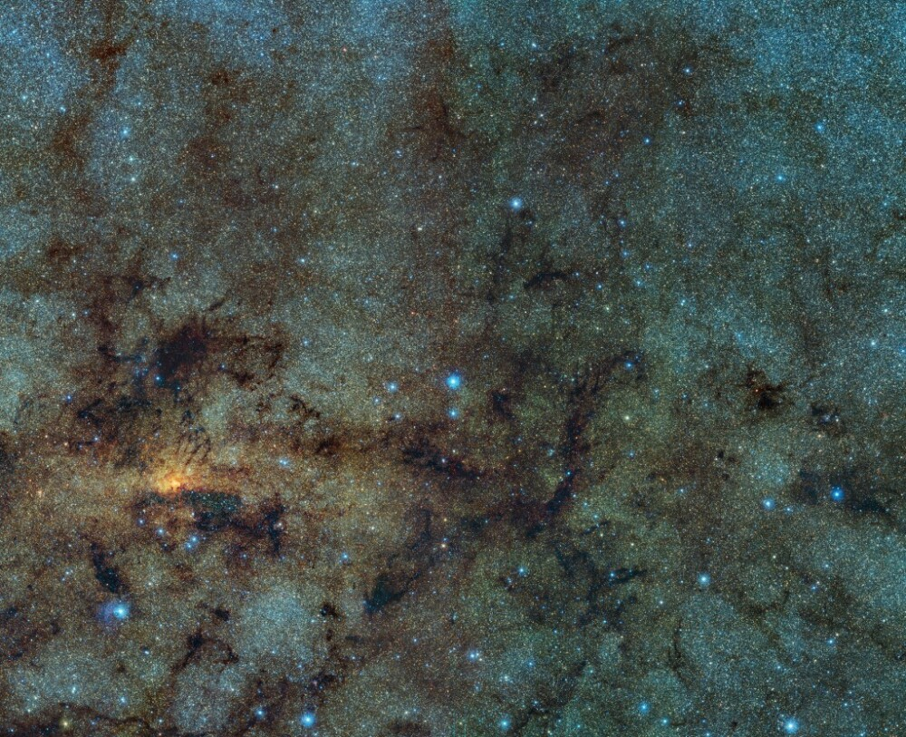 SPACE-STARS-GALACTIC-CENTRE