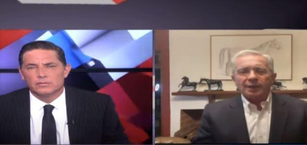 Uribe en programa de CNN en Español.JPG