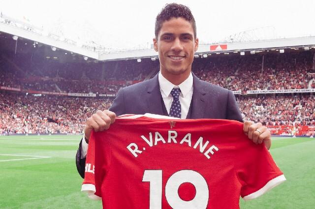 Varane, nuevo jugador del Manchester United