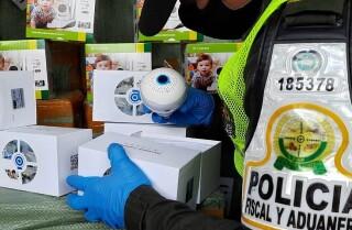 Policía Fiscal y Aduanera del Valle logró la incautación de 1.700 cámaras de seguridad que no tenían los requisitos para entrar al país.jpeg