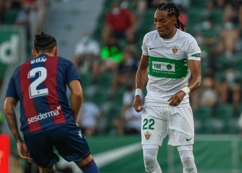 Johan Mojica contra Levante Foto elchecf.jpg