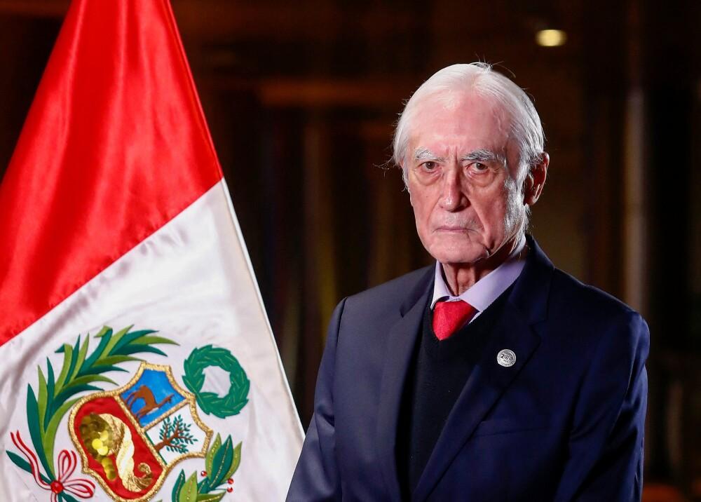 Héctor Béjar Foto AFP PHOTO PERUVIAN PRESIDENCY CESAR FAJARDO.jpg