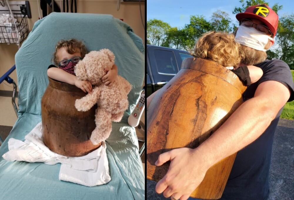 Niño atrapado en un barril de madera.jpg