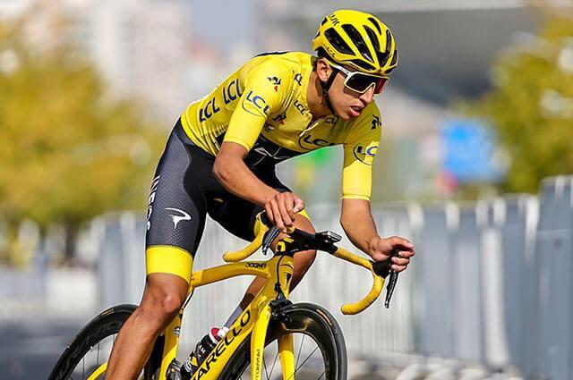 AFP: Egan Bernal luciendo el maillot de campeón del Tour de Francia