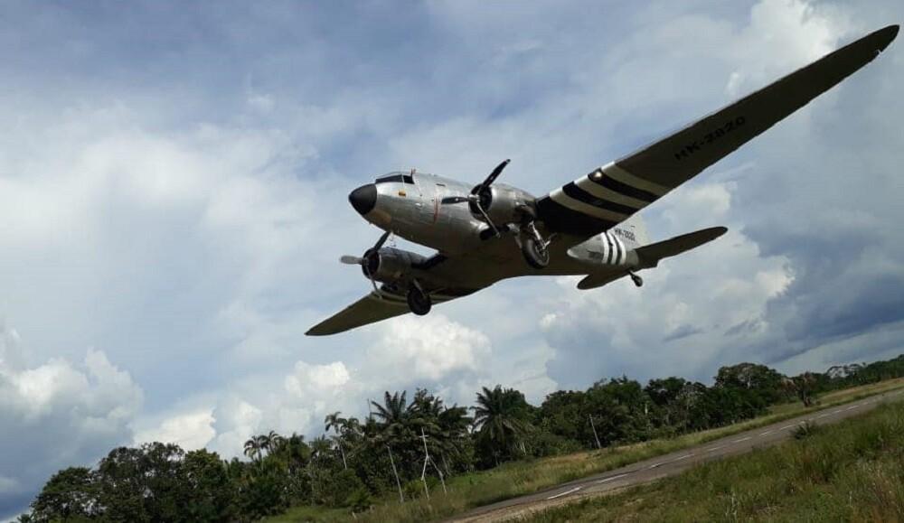 avion dc 3 de aliansa.jpg