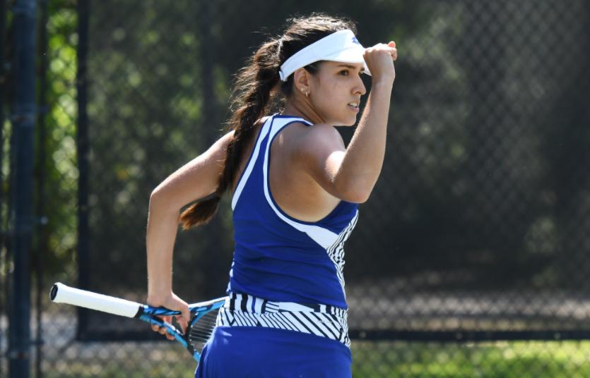Camila Osorio clasificó a cuartos de final del WTA 250 de Charleston.