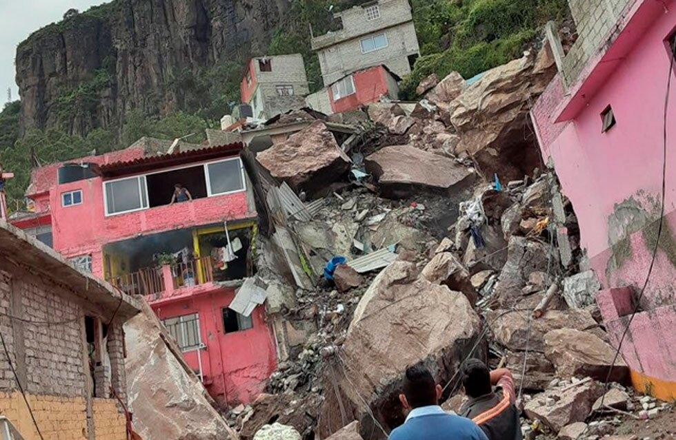 Derrumbe en México