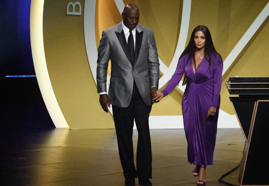 Michael Jordan y Vanessa Bryant dieron emotivo discurso sobre Kobe Bryant.