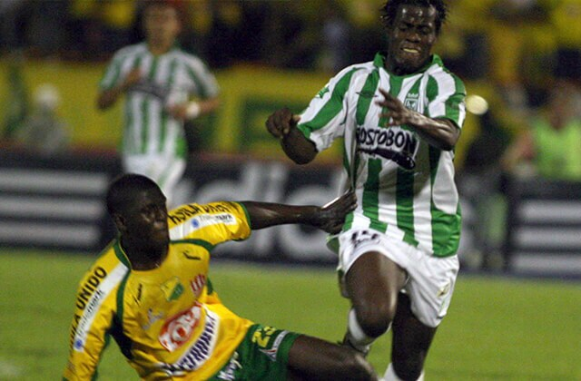 339179_Acción de juego de Atlético Naciona vs. Atlético Huila