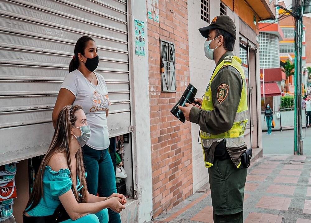 371442_BLU Radio. Controles medidas / Foto: Alcaldía de Bucaramanga