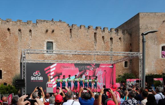 El Vini Zabu se podría quedar fuera del Giro de Italia 2021.