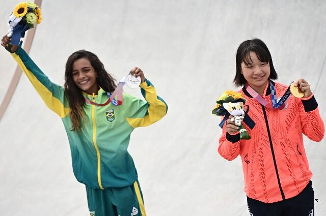 Momiji Nishiya y Rayssa Leal en skateboarding de los Juegos Olimpicos