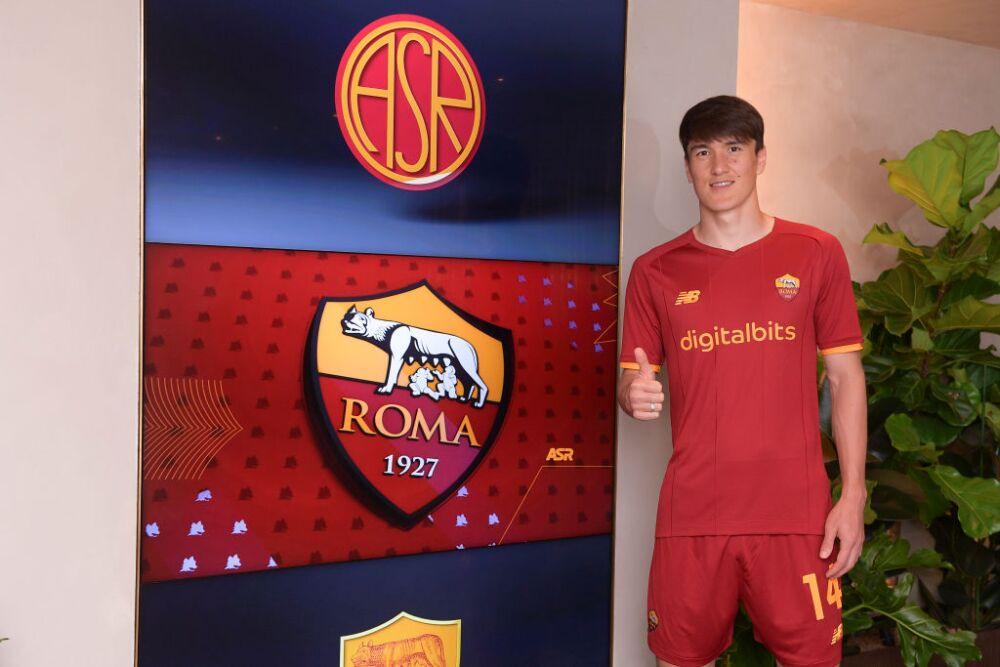 AS Roma Unveils New Signing Eldor Shomurodov