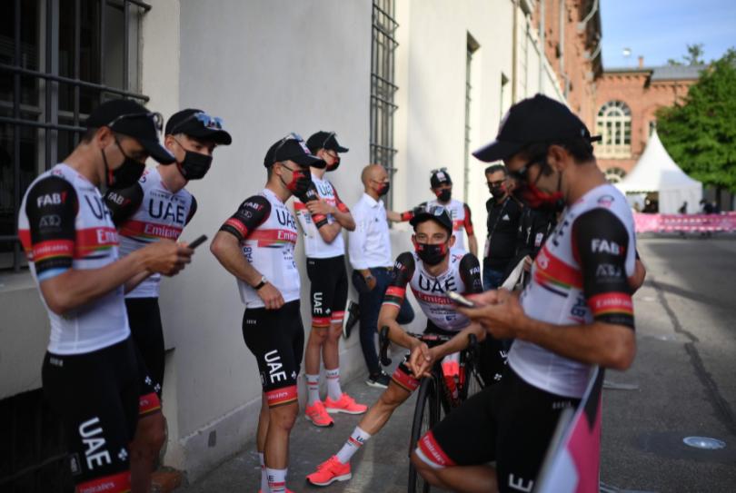 UAE Presentación equipos Giro de Italia