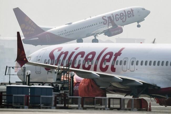 avion india boda_afp