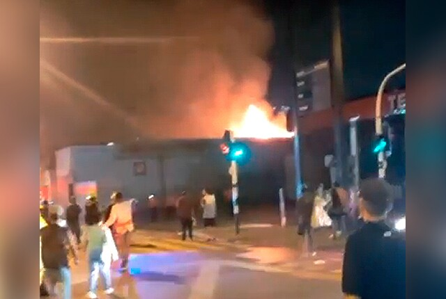 incendio-en-taller-de-motos-de-la-calle-la-paz.jpg