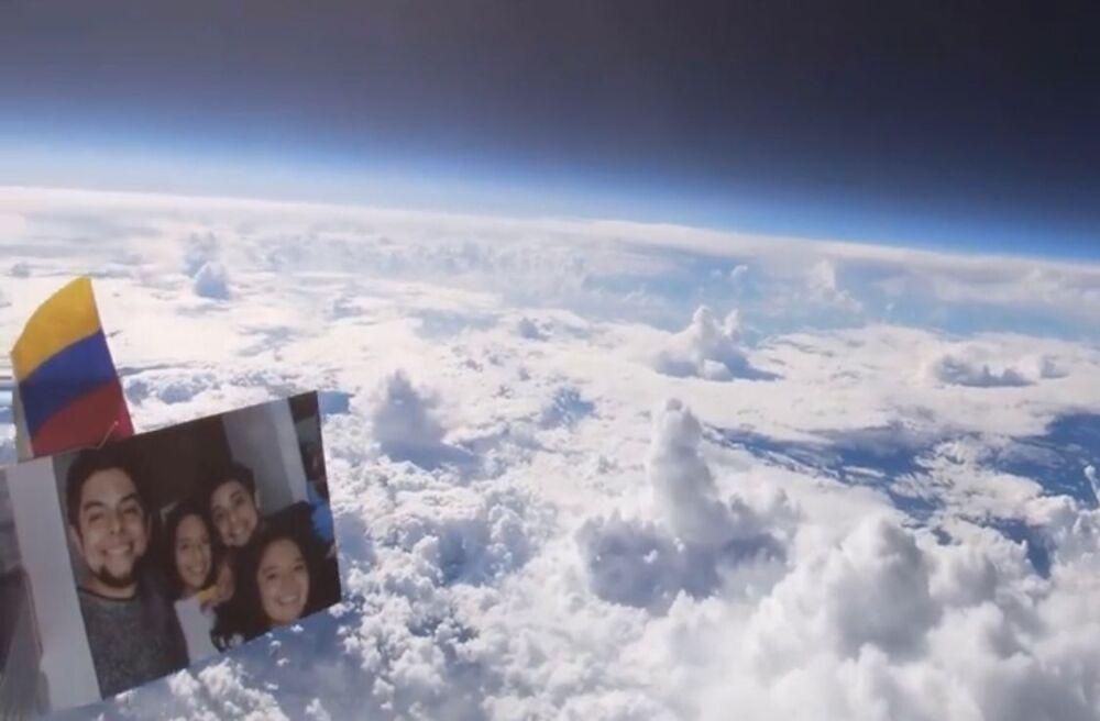 Globo en la estratósfera.jpg