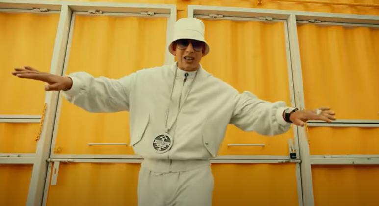 Daddy Yankee - Métele perreo.png