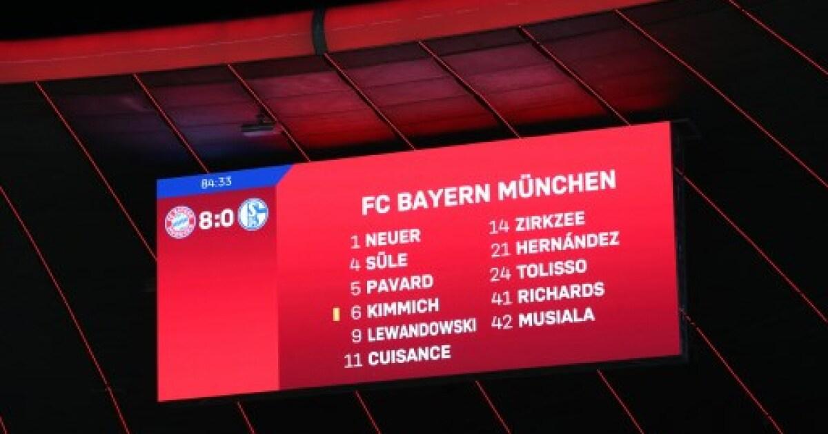 Bayern Múnich goleó 8-0 al Schalke, pero los memes se los dedicaron al Barcelona