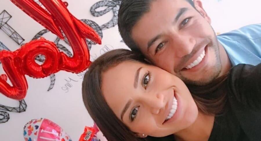 371641_Andrea Tovar y su novio Julián Guillermo. Foto: Instagram
