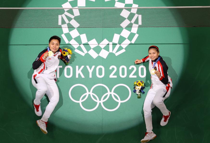 Apriyani Rahayu y Greysia Polii ganaron oro en el bádminton de los Juegos Olímpicos Tokio 2020.